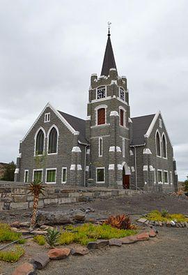 NG gemeente Merweville - Die inwyding van die nuwe kerkgebou, wat onder baie moeilike omstandighede van oorlog en droogte voltooi is, het op Vrydag28 April1916plaasgevind.