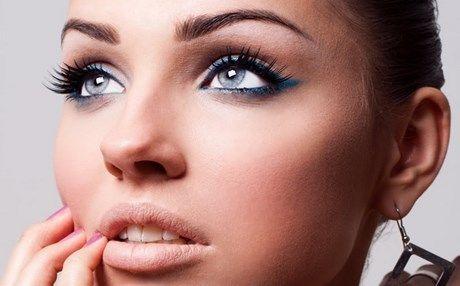 Κατάλληλο μακιγιάζ για μάτια που δείχνουν θλιμμένα