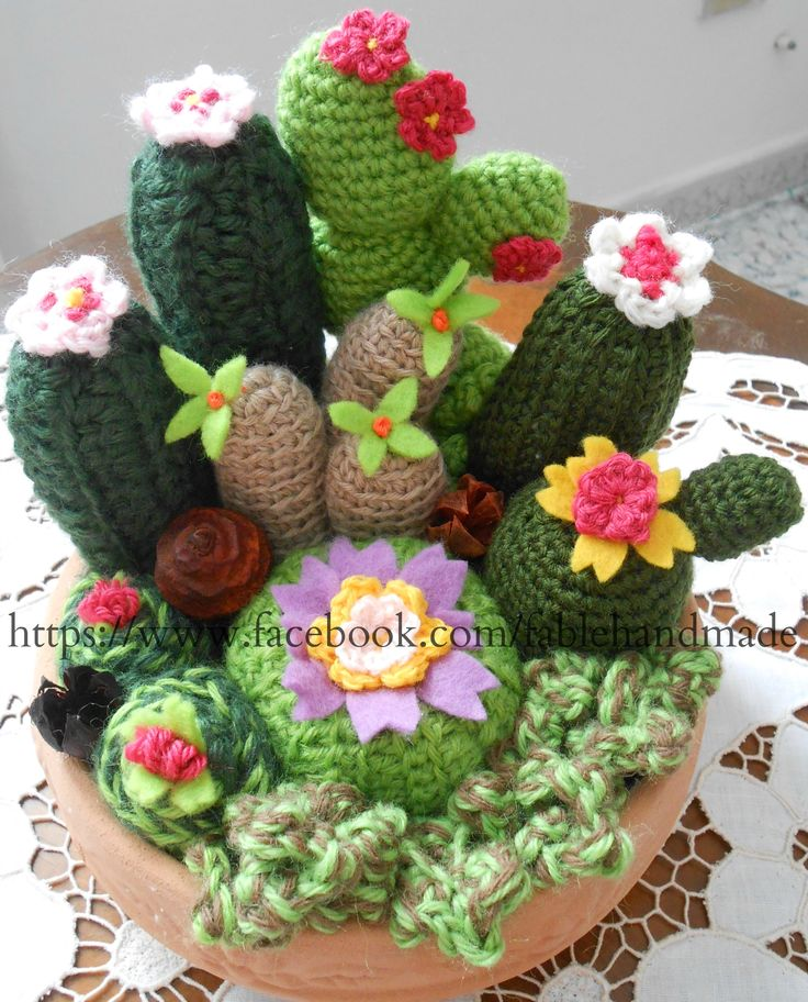 Vasetto di piante grasse handmade! #amigurumi #handmade #fablehandmade #felt #lana #crochet https://www.facebook.com/fablehandmade