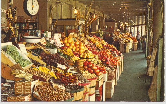 french market new orleans everything from fruit to jewelry to art to clothes to clothes be. Black Bedroom Furniture Sets. Home Design Ideas