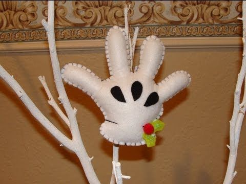 DIY- Guante de Mickey en fieltro / Mickey´s felt glove christmas ornament ( BBarte1 ) - YouTube