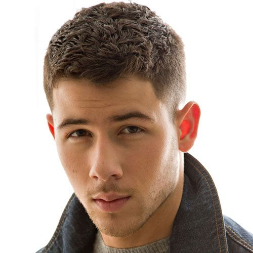 Male Celebrity Hairstyles - Nick Jonas Haircut