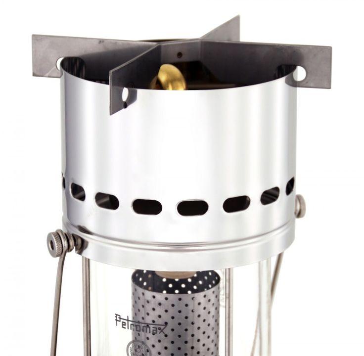 Petromax Kochaufsatz HK 500/ HK 350, montiert  Der HK500 Kochaufsatz, hier mit Radiator montiert. Ist so aber auch mit dem Glühstrumpf zu betreiben. KAnne mit Wasser drauf und Tee kochen!