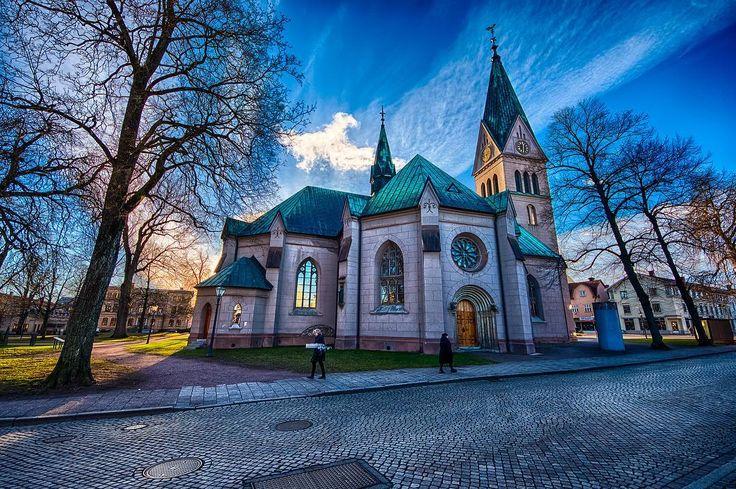 Church in Skövde Västergötland Sweden #church #skövde #västergötland #ig_sweden #nikon #hdr #city #cityscape #wideangle #colorful #nordicchristmas #d500 #nikonphotography #bestoftoday