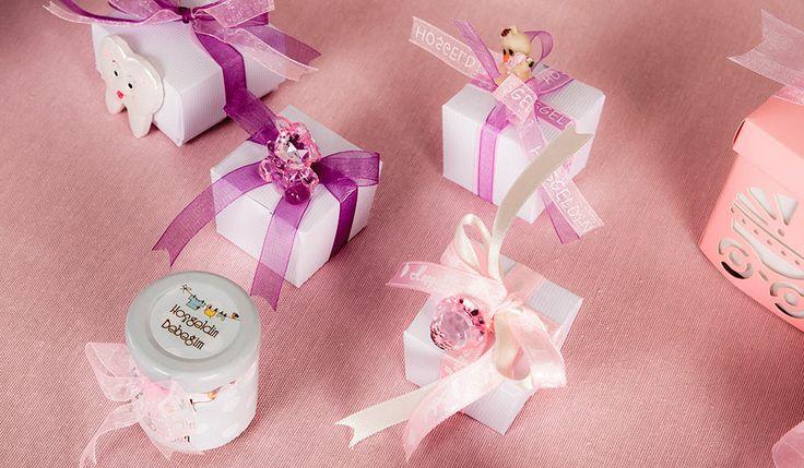küçük prensesler için pembe şeker ve çikolata kutuları #babyshower #çikolata #badem şekeri