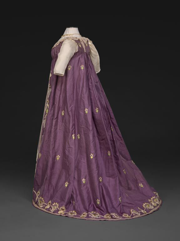 Side view of c1798 evening dress. agreeabletyrant.dar.org