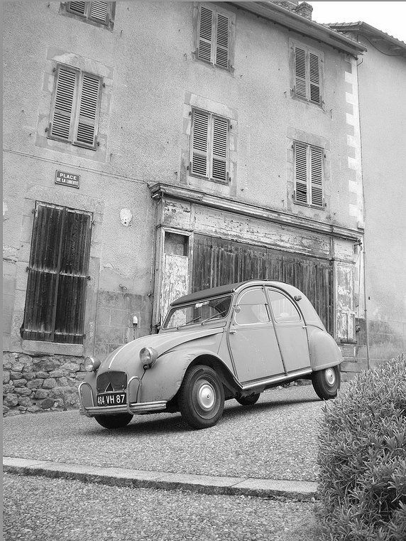 les 47 meilleures images du tableau deux chevaux citro n 2cv deuche deuche sur pinterest. Black Bedroom Furniture Sets. Home Design Ideas