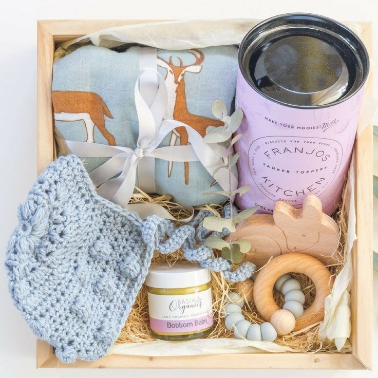 Baby boy hamper gift basket ideas | This gorgeous baby boy gift box from Hooked in a Box is the perfect new baby gift idea | Signature Baby Box - Click here to see details on website and more beautiful baby gift box products.