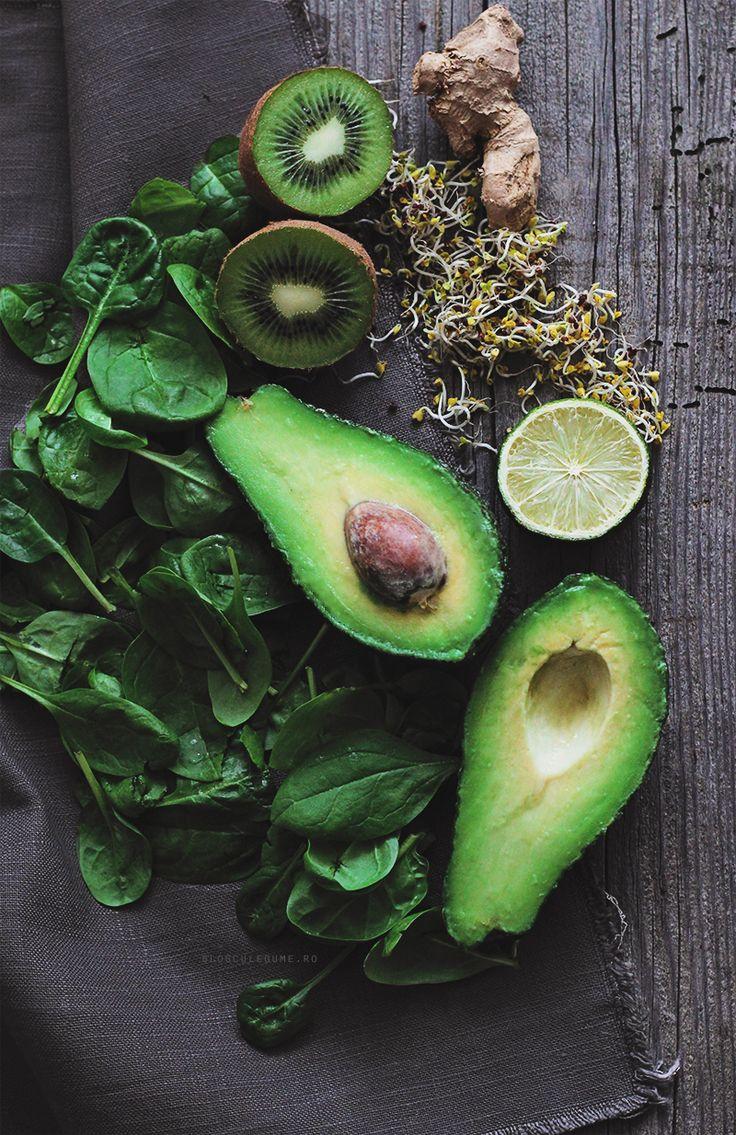 Green Smoothie Ingredients /