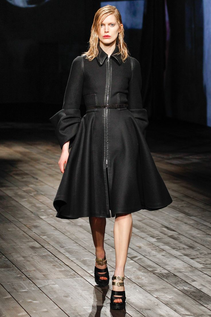 Prada Fall 2013 Ready-to-Wear - Collection - Gallery - Style.com
