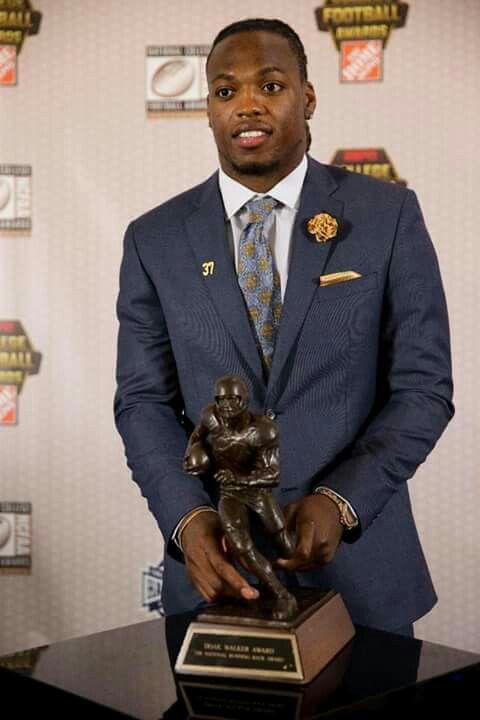 The Alabama Crimson Tide's Derrick Henry 2015 Heisman Trophy Winner