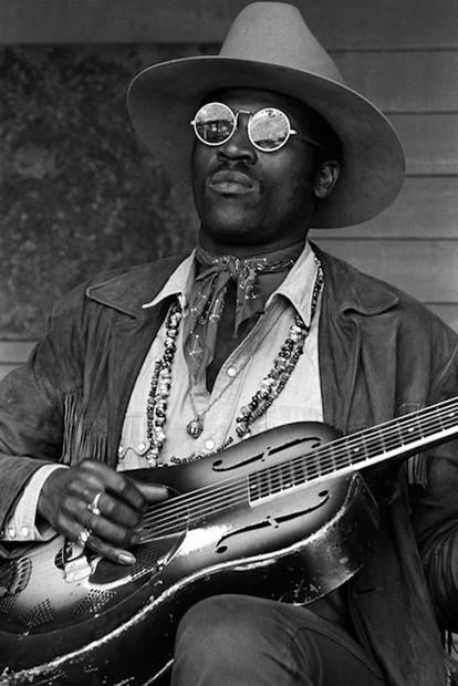 Taj Mahal a real legend.  I so glad I have heard him several times. Wonderful and magical.