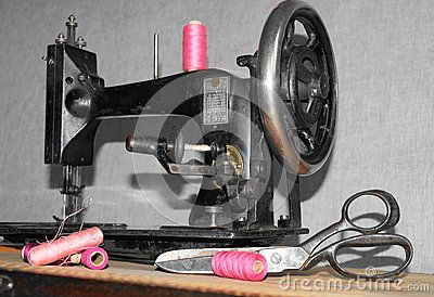 Picture whit the old sewing machine