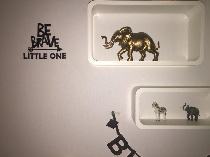 Be brave barnrum vinyl dekor Kidsroom elefant