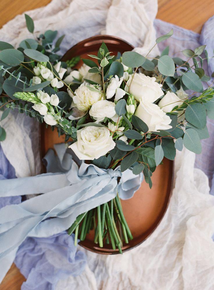 Photography: Brett Heidebrecht - brettheidebrecht.com/ Floral Design: Yellow Rose Co. - http://www.stylemepretty.com/portfolio/yellow-rose-co   Read More on SMP: http://www.stylemepretty.com/2016/10/18/backyard-vintage-style-wedding/