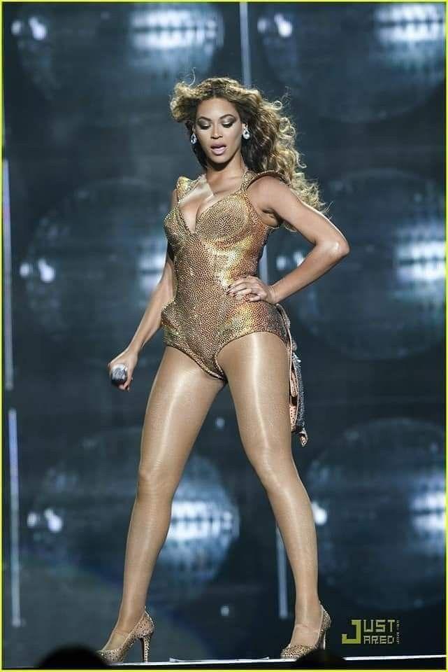 Pin by Shona G on Beyoncé   Beyonce bikini, Beyonce queen