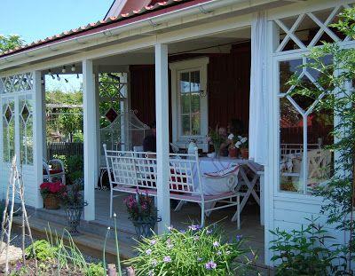M/S DESIGN Trädgård och Keramik  (pinned from www.ms-design.se)