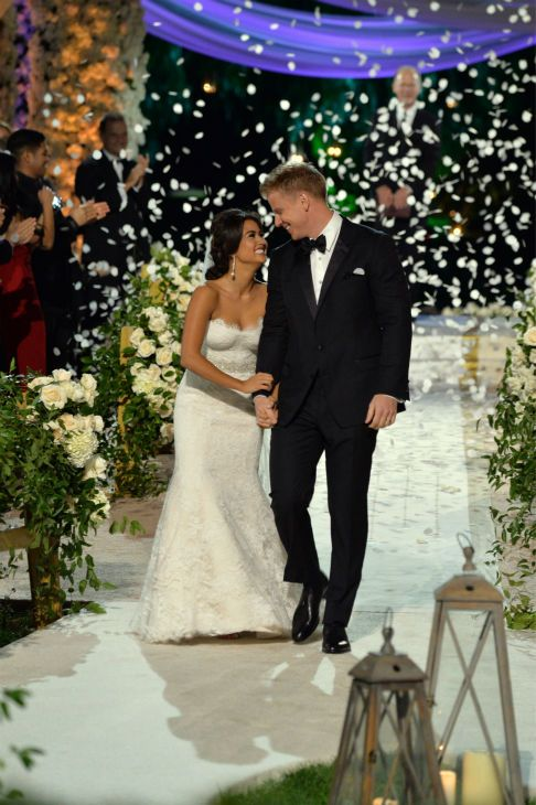 Sean Lowe and Catherine Giudici tie the knot in a Bachelor wedding - pictures they are so happy!