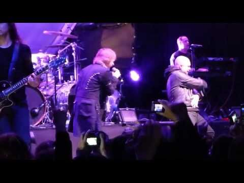▶ Avantasia Reach Out For The Light Teatro Caupolican Santiago Chile 2013 - YouTube