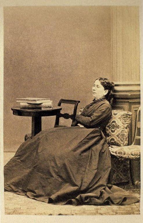ΕΛΕΝΗ ΚΟΥΝΤΟΥΡΙΩΤΗ, 1865