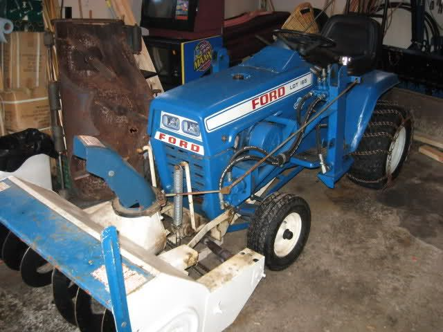 Ford Garden Tractor Snow Blower Few Pics Of The Ford Lgts Mytractorforum Com The Tractors Garden Tractor Lawn Tractor