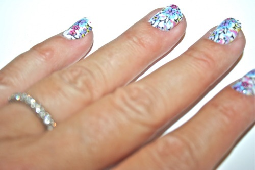 DIY Minx nails from Walgreens for only six bucks. Awesomeness.Minx Nails, Nails Craze, Diy Minx