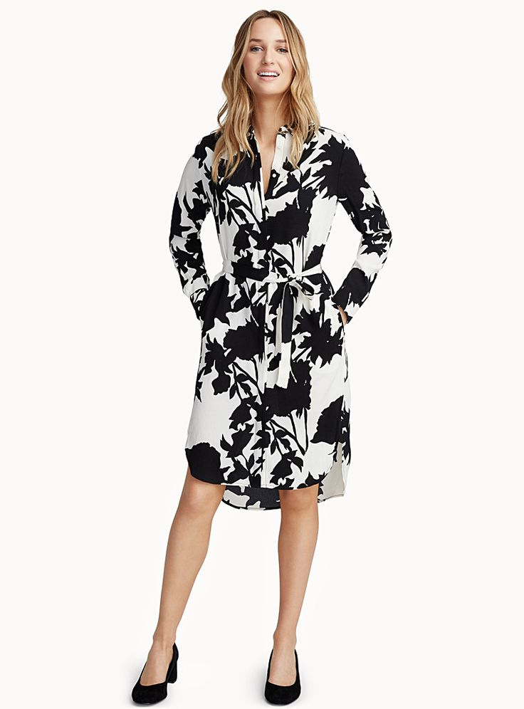 InWear at Contemporaine   A timeless, elegant design in a two-tone floral fusion with beautiful contrast   Straight blouse design with a matching tie belt that exquisitely flatters the waist   Ultra light, fluid crepe    The model is wearing size 34    Length: 97cm, from the top of the shoulder