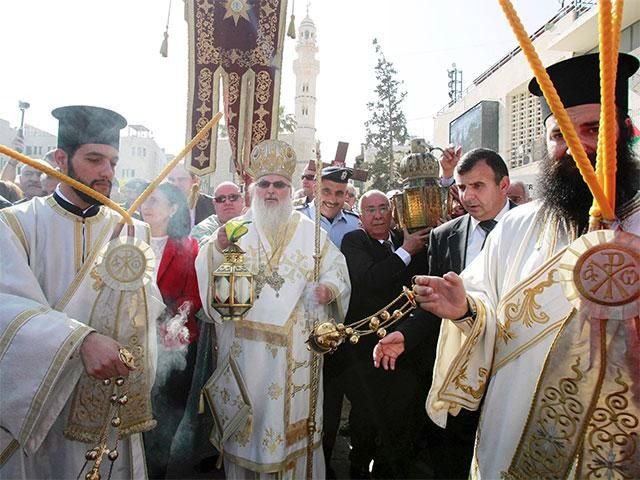 Slideshow : Orthodox Easter ceremony of the 'Holy Fire' - Orthodox Easter ceremony of the 'Holy Fire' - The Economic Times