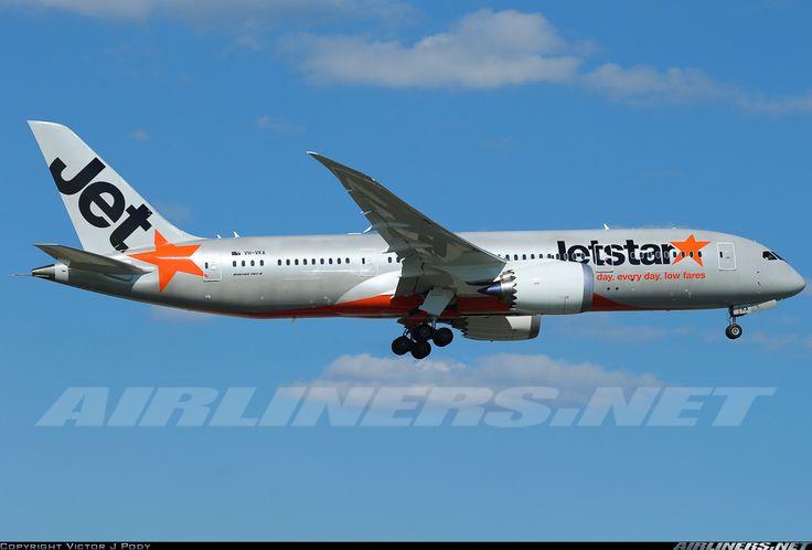 Jetstar Airways VH-VKA Boeing 787-8 Dreamliner aircraft picture