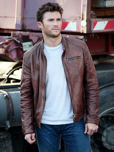 Star Tracks: Thursday, February 25, 2016   FRENCH FEVER   Scott Eastwood gets busy filming his new thriller Overdrive in Marseille, France, on Wednesday. Later in the day, he posted an Instagram about how thankful he is for the role – and his career.