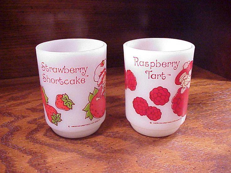 2 Strawberry Shortcake Anchor Hocking Mugs, Raspberry Tart, Srawberry Shortcake