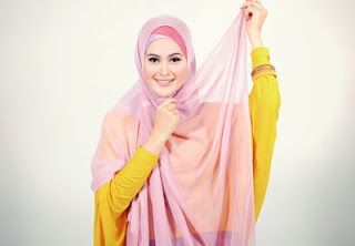 busana cantik faira tips memakai jilbab paris modis simpke dan mudah,dengan waktu kurang dari 5 menit,selamat mencoba.