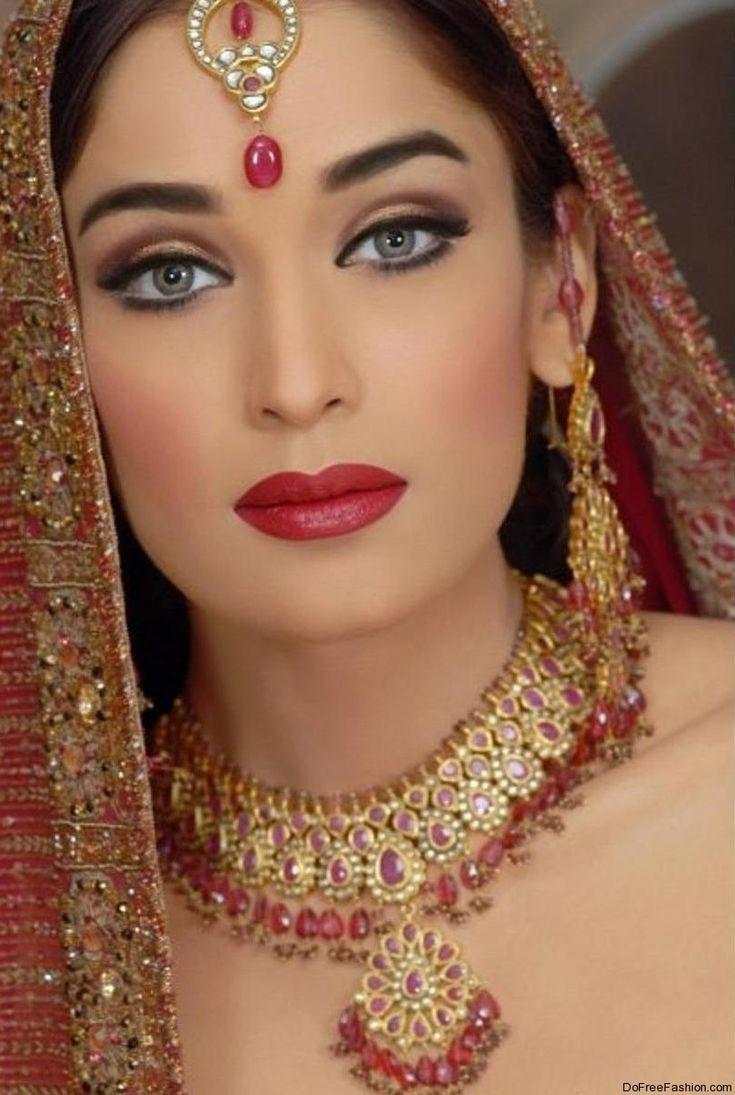 images of brides' makeup | Beautiful and Fantastic Bridal Makeup Tips 2012