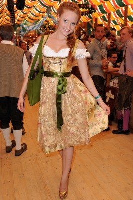 barbara meier oktoberfest 2011 local celebs in dirndl pinterest dirndl. Black Bedroom Furniture Sets. Home Design Ideas