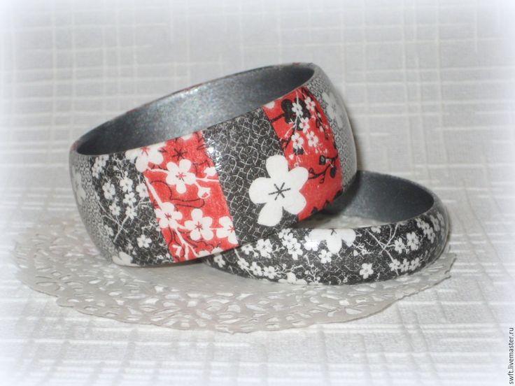 Купить Пара браслетов из дерева Яркая весна, красный, белый,черный, серый…