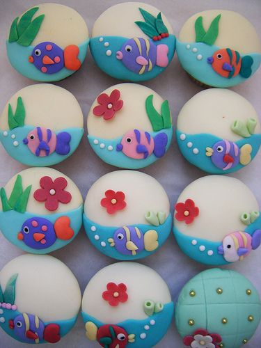 under the sea cupcakes :) | hand made fondant decorations | Flickr