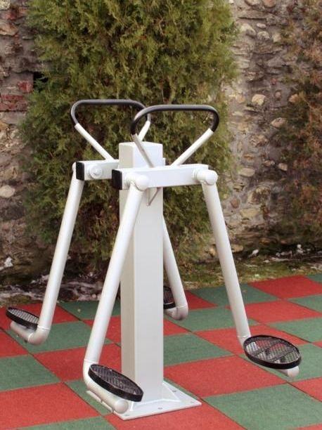 Outdoor fitness equipment for sale Visit us: www.etopogane.ro