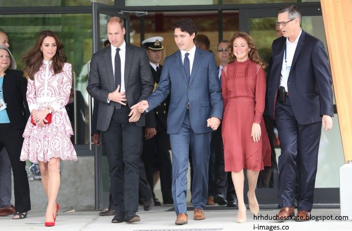 hrhduchesskate:  Canada Tour, Day 2, Vancouver, British Columbia, September 25, 2016-Duke and Duchess of Cambridge with Prime Minister Justin Trudeau and his wife Sophie, visit the Immigration Services Society of British Columbia