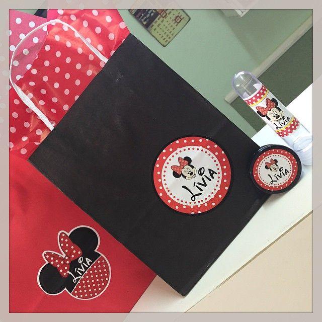 Sacolinhas, latinhas e tubetes: Minnie! #personalizados #lembrancinhas #Minnie #Disney #ratchimbum #loja #novaodessa