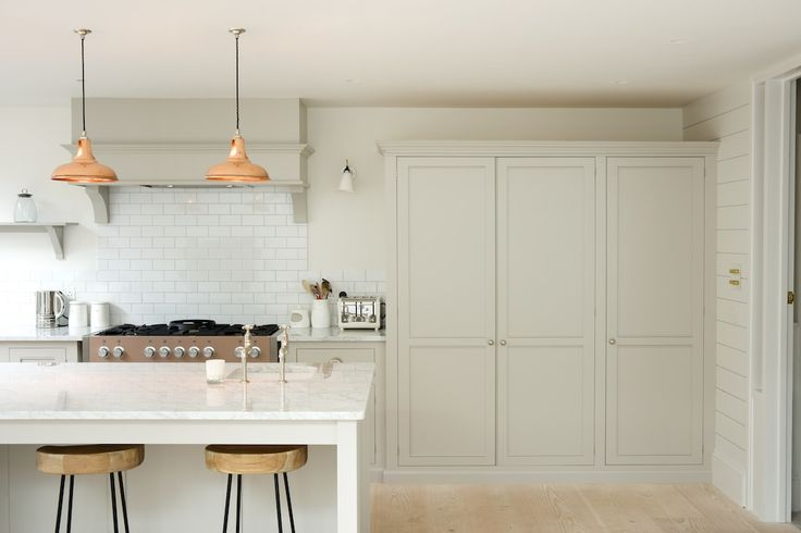 Beautifully simple style in the Classic Clapham Kitchen by deVOL.