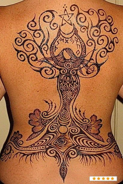 Henna back tattoo: Tattoo Ideas, Awesome Tattoo, Mothers Earth, Henna Tattoos, Goddesses Tattoo, Body Art, Back Tattoo, Pagan Tattoo, Henna Tattoo Design