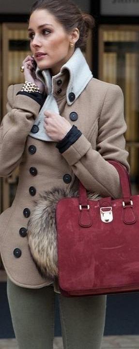 Olivia Fall Style Outfit. Brown mini coat, fur and fuchsia bag. Latest Fall Fashiin Trends.: