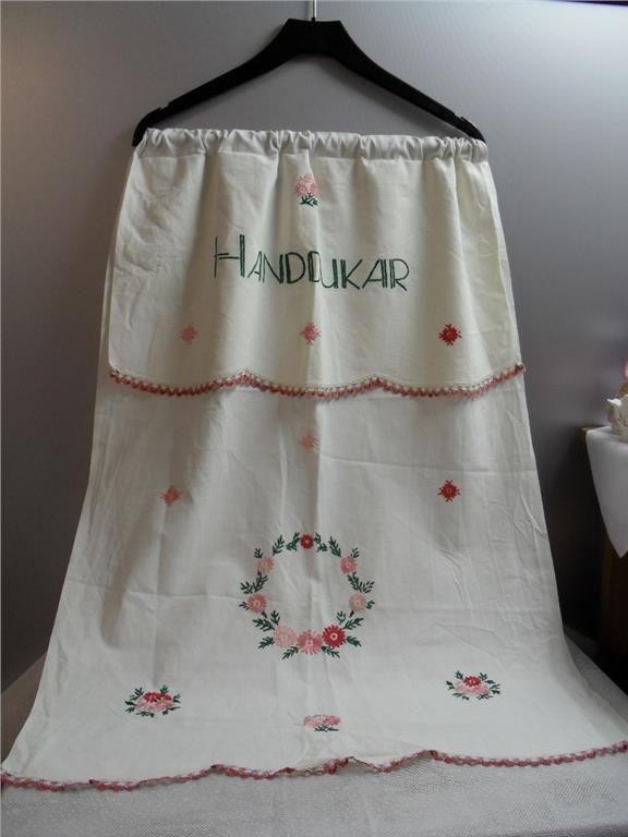 Paradhandduk Handdukar blomsterkrans