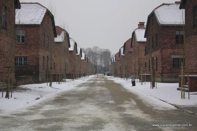 Dicas para visitar os campos de concentração nazistas (Auschwitz e Birkenau) na Polônia