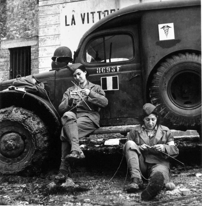 Robert Cappa 1944.