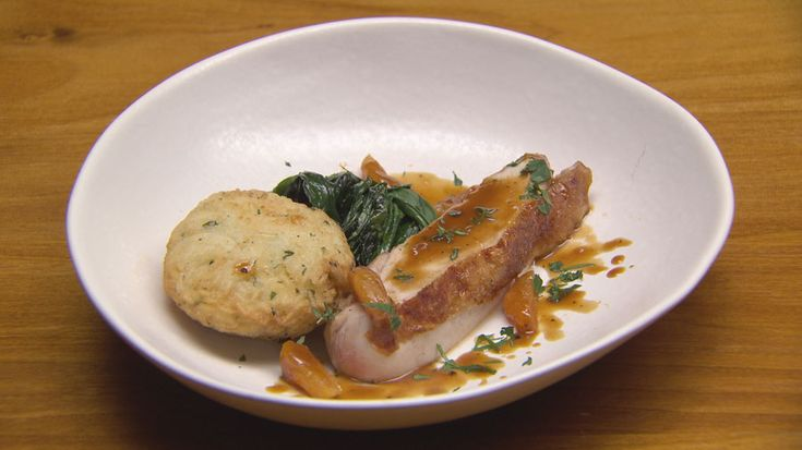 Apricot Chicken with Spinach and Stuffed Rice http://masterchefrecipe.net/apricot-chicken-with-spinach-and-stuffed-rice/