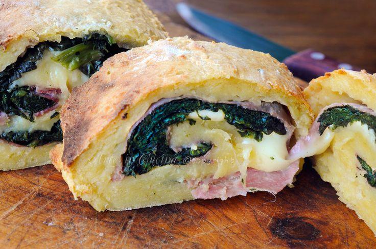 Polpettone di patate con prosciutto e formaggio, ricetta facile con patate, piatto unico, idea per la cena, antipasto, piatto da asporto, polpettone con verdure, spinaci