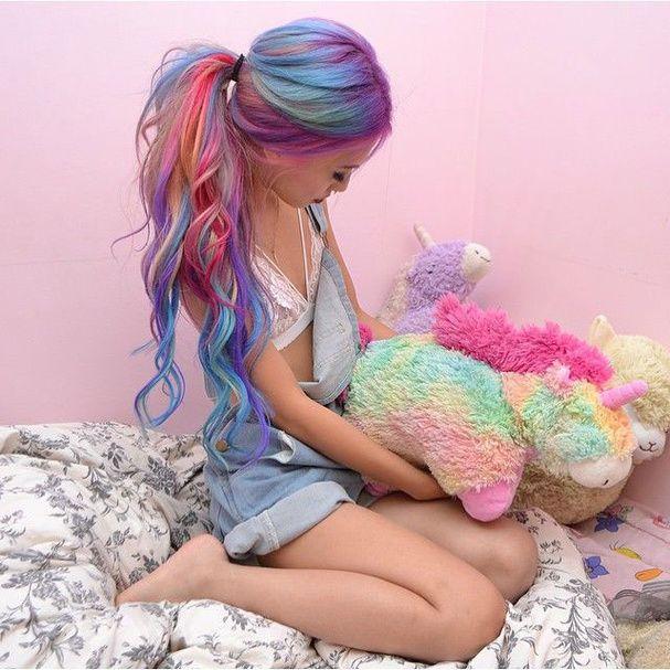 Cheveux arc-en-ciel version kawaï