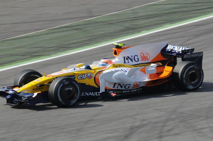 2008 Renault R28 (Nelsinho Piquet)