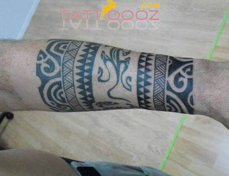 die besten 25 polynesian armband tattoo ideen auf pinterest maori band tattoo maori band und. Black Bedroom Furniture Sets. Home Design Ideas